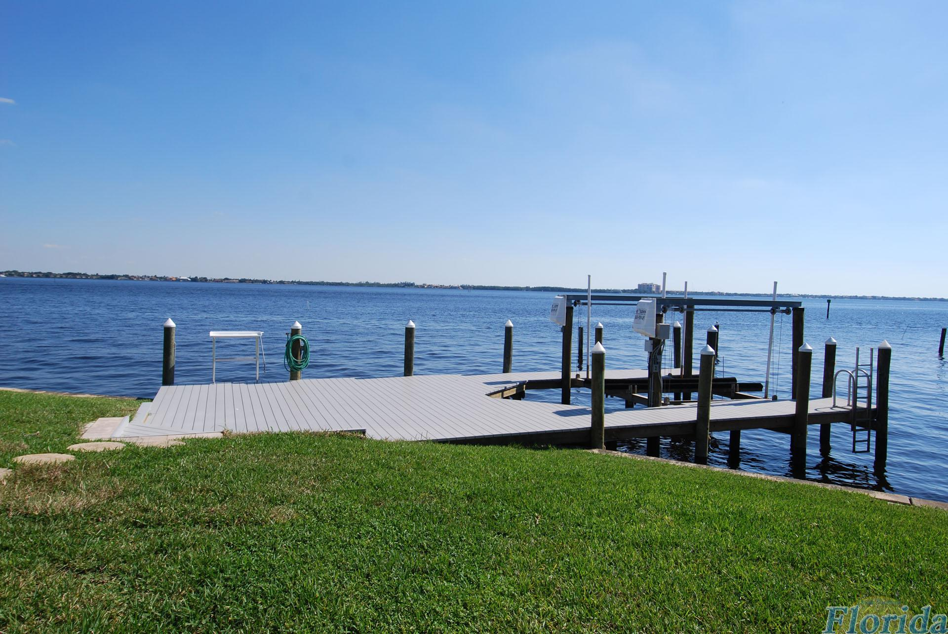 a private boat lift area for a your boating needs