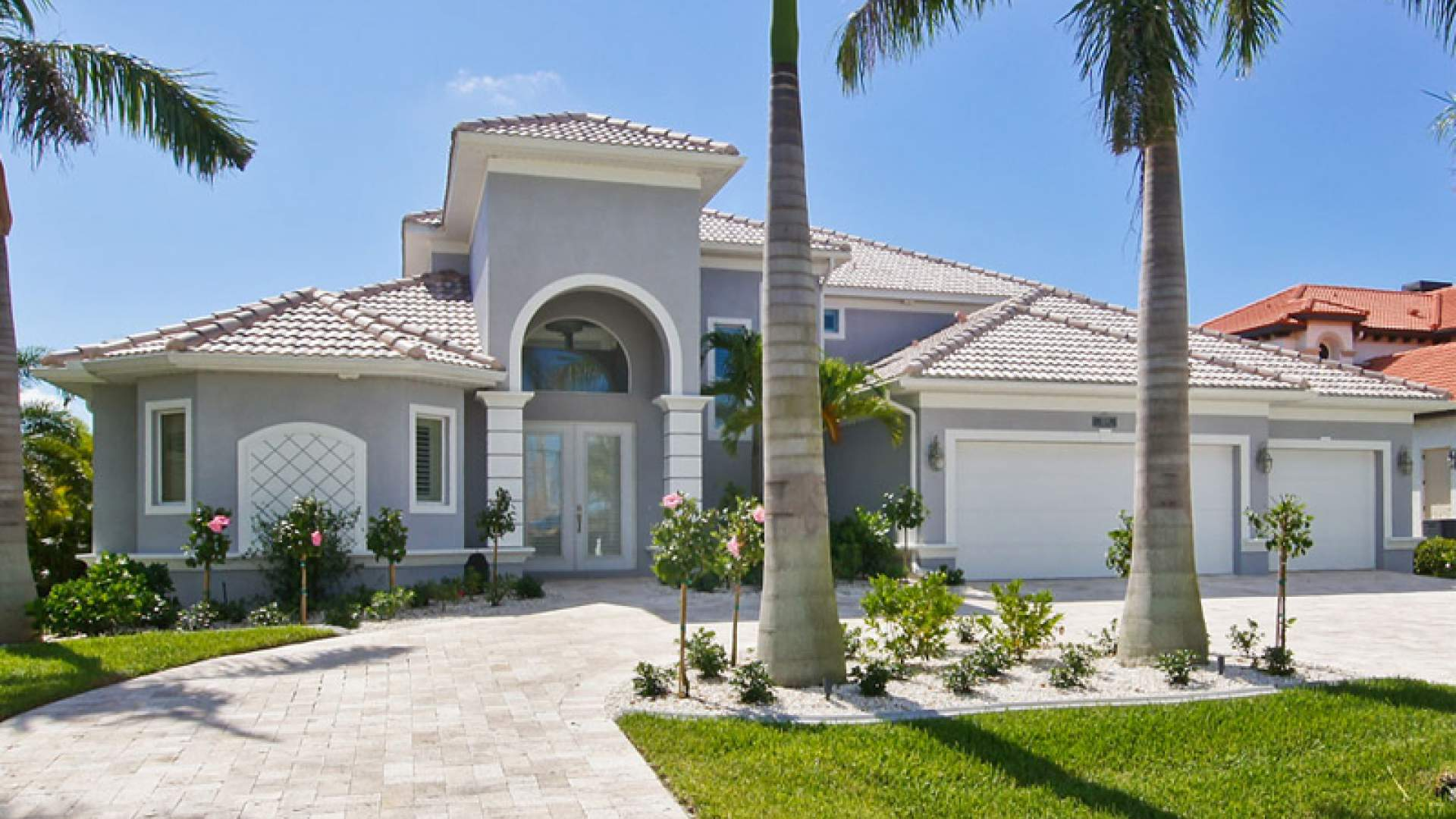 Villas villa royal in cape coral florida for Villa royale