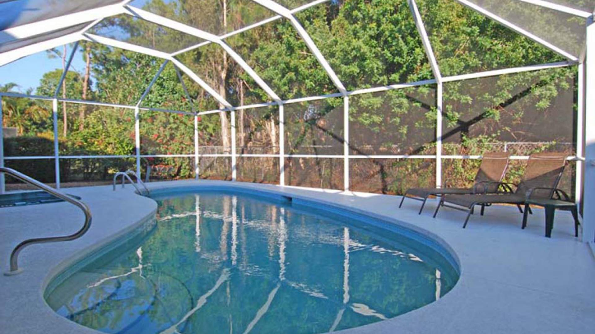 The kidney shaped pool can be electrically heated