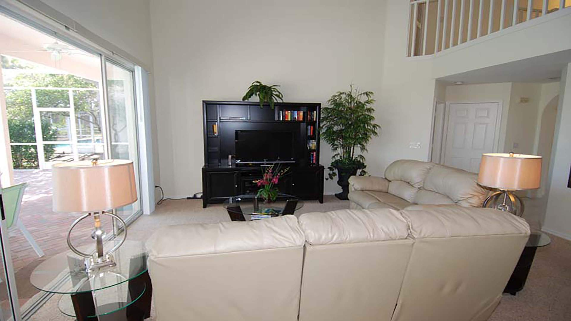second Livingroom with TV